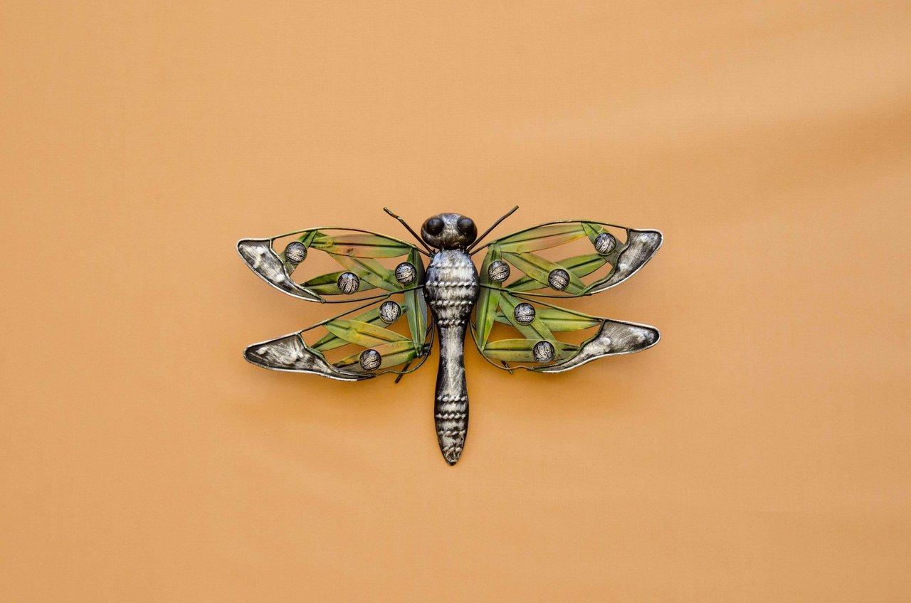 libelle metall silber grun