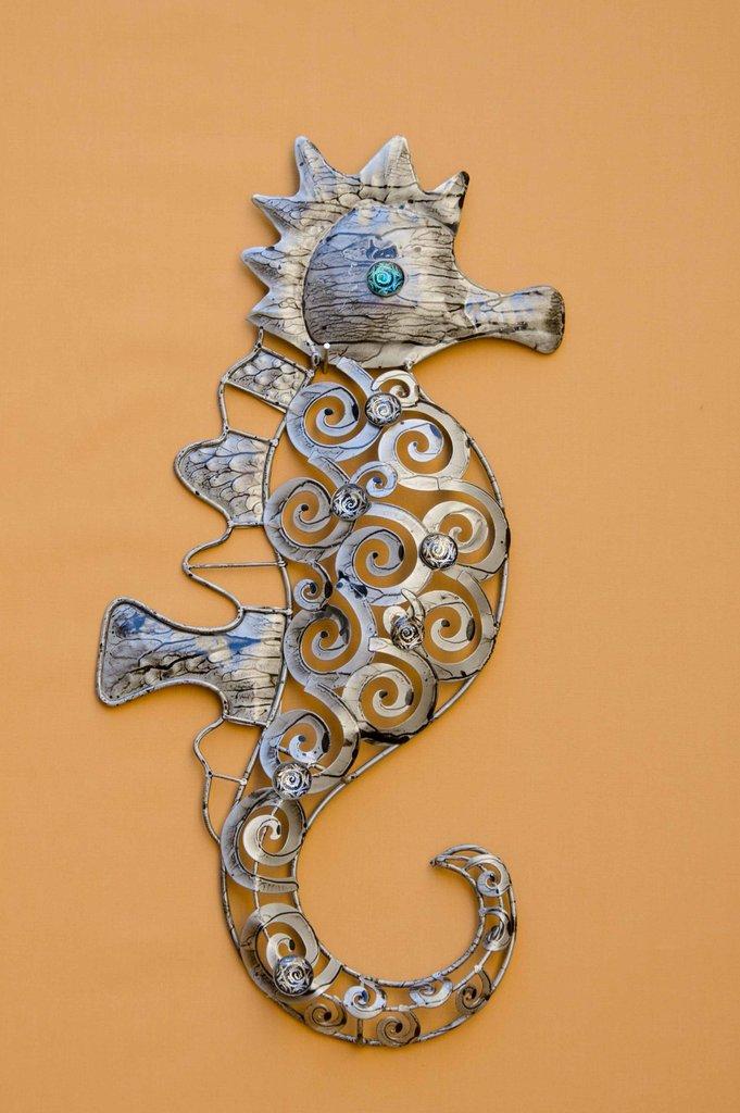 seepferd metall silber anthrazit